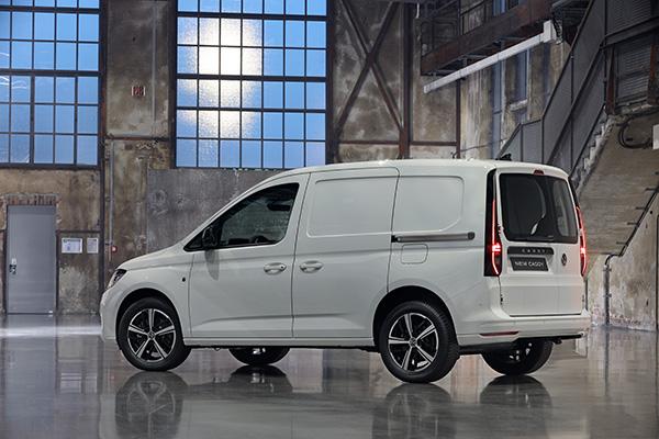 VW-Caddy-5-2021-8